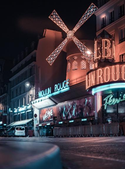 Have fun at the Moulin Rouge in Paris