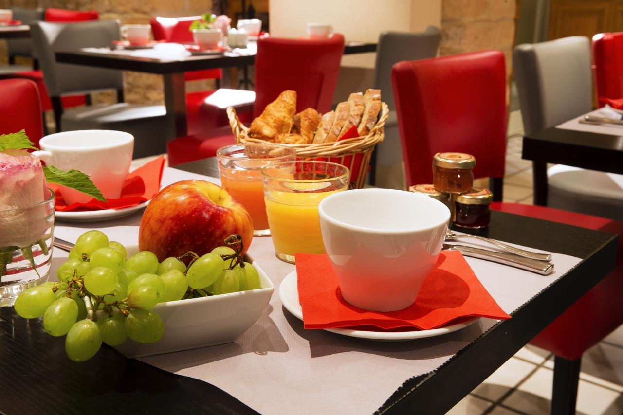 Hotel des Arts Montmartre - Breakfast